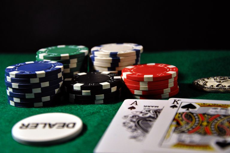 Baccarat and online slots